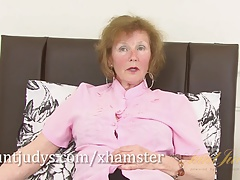 Over 60 mature model Pearl shows us her granny assets and pier