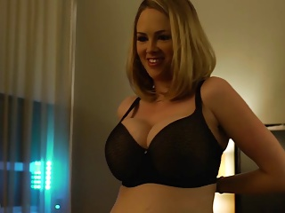 Katie Kox Girlfriend Fucks In Hotel Acreage