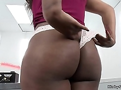 Big tits and obese butt solo ebony babe takes fucking machine nigh shaved and pierced pussy