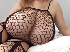 Blonde Bbw forth huge tits plays solo