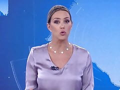 WEATHER GIRL, BRAZILIAN Comme �a MILF