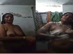 Exclusive- XXX Telugu Bhabhi Bathing