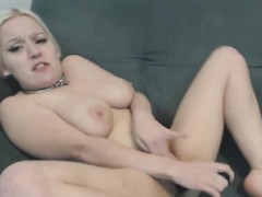 Cute Comme ci Emo Teen Having Heavy Orgasm