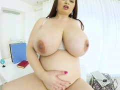 preggo bbw mollycoddle masturbating