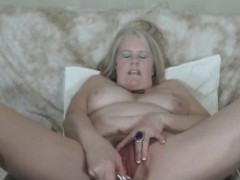 Hairy Granny Is Peacefulness Quite Horny