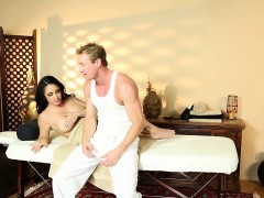 Bigtitted rub down beauty pussypounds on table